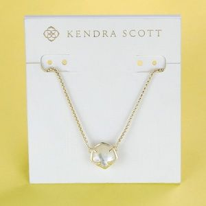 New Kendra Scott Jaxon Gold Ivory Pearl Necklace